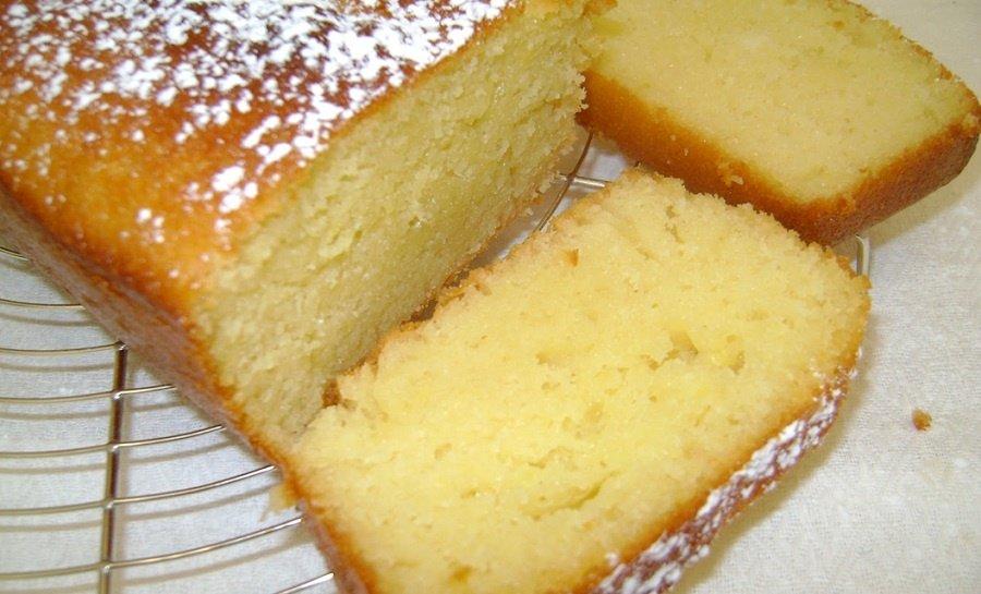 Plumcake-allo-yogurt-orizzontale